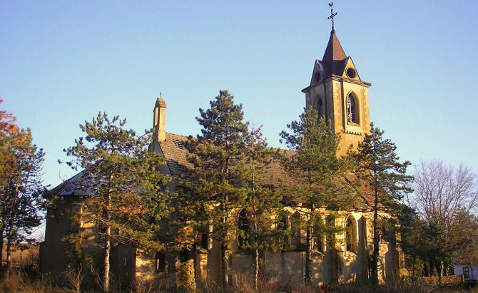Немската църква виждаща се от километри